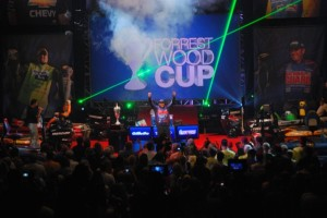 Scott Martin Celebrates FLW Cup Win - photo by Tom Leogrande - Advanced Angler