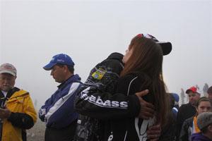 Aaron Martens Fog Delay Hug (Large)