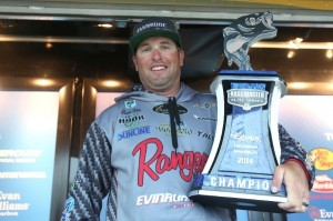 Bassmaster Elite Series Seminole Winner Brett Hite - photo by Gary Tramontina - Bassmaster