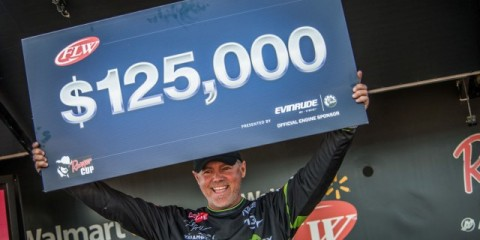 Dave Lefebre Wins FLW Tour Smith Lake Event photo by FLW