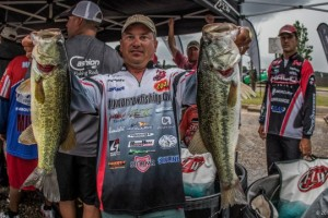 FLW Lake Eufaula Alabama Day Two Leader Troy Morrow - photo courtesy FLW