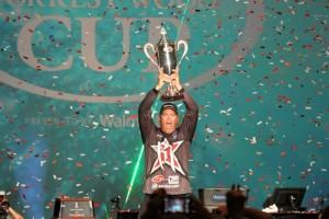 Brad Knight 2015 Forrest Wood Cup Champion - photo by Dan O'Sullivan