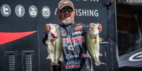 2016 FLW Tour Pickwick Lake Day Two Leader Buddy Gross - photo courtesy FLW