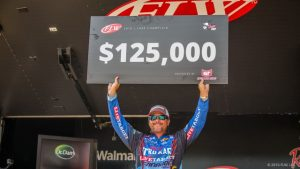 2016 FLW Tour Lake Champlain Winner Scott Martin - by Andy Hagedon - FLW