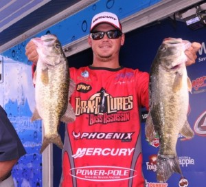 Drew Benton at Okeechobee - FLW - Rob Newell photo
