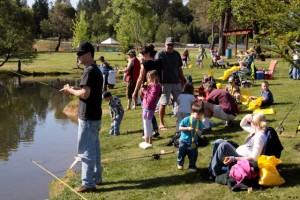 Skeet Reese Kids Fishing Day 2013 (14)