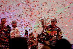 Randall Tharp Holds his Trophy amid the Confetti - photo by Dan O'Sullivan