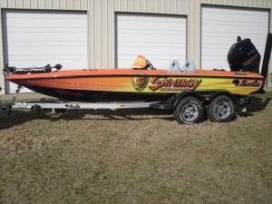 James_Niggemeyer_2011_Synergy_Boat_Wrap