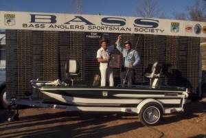 Dee Thomas 1975 Arkansas Invitational Champion - photo courtesy B.A.S.S. (Custom)