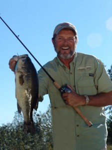Al Lindner - with Bass - photo courtesy Lindner's Angling Edge