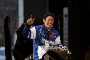 Takahiro Omori Enters Bon Secours Arena on Day One - photo by Dan O'Sullivan