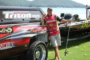 Boyd Duckett at Lake Guntersville (Custom)