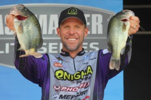 Bassmaster Elite Series Chesapeake Bay Day Two Leader Aaron Martens - photo by Seigo Saito - Bassmaster