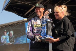 Bassmaster Elite Series Havasu Winner Aaron Martens - photo by Seigo Saito - Bassmaster