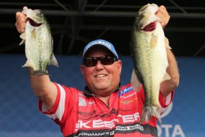 2016 Bassmaster Elite Series Bull Shoals - Norfork Lake Day One Leader Matt Herren - photo by Seigo Saito - Bassmaster