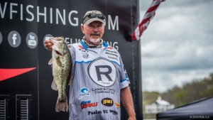 2016 FLW Tour Beaver Lake Day Two Leader Darrel Robertson - photo courtesy FLW - Jody White