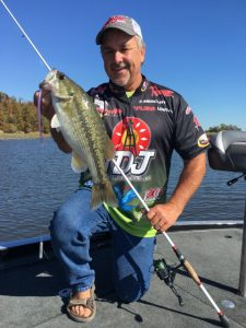 pete-ponds-with-a-quality-fall-spotted-bass-taken-on-a-dropshot-photo-courtesy-pete-ponds